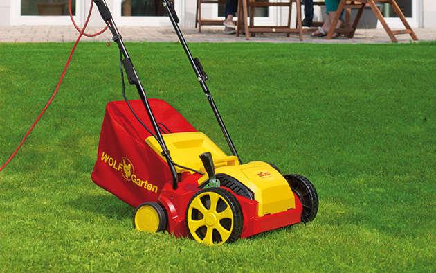 Vertikutieren – wie Sie Ihrem Rasen etwas Gutes tun